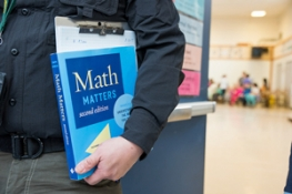 Photoblock - Tutor with math book